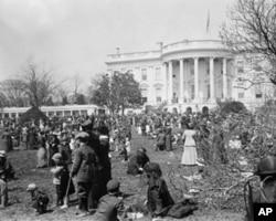 1914年的白宫复活节寻找彩蛋活动