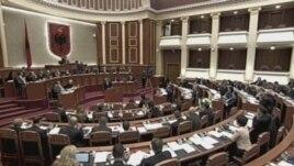 Miratohet me konsensus ligji për dekriminalizimin