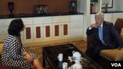 """Qozog'iston Tashqi ishlar vaziri Erlan Idrissov """"Amerika Ovozi"""" bilan suhbatda, Vashington, 9-iyul, 2013"""