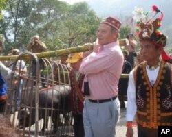 胡浩德与台湾原住民缔结深厚友谊