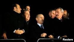 Türkiye'de adları yolsuzluk skandalına karışan eski bakanlar Erdoğan Bayraktar, Egemen Bağış, Bakanı Zafer Çağlayan ve Muammer Güler