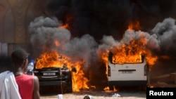 Militer Burkina Faso telah mengambil alih kekuasaan menyusul kerusuhan di ibukota Ouagadougou, Kamis (30/10).