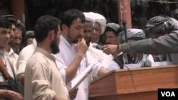 Takhar demos