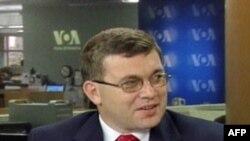 Назар Холод