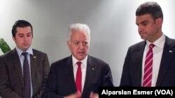 CHP Genel Başkan Yardımcıları Faruk Loğoğlu ve Umut Oran, Washington temasları hakkında Türk gazetecilere bilgi verdi