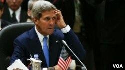Menlu AS John Kerry menangguhkan rencana lawatannya ke Filipina akhir pekan ini akibat badai tropis (foto: dok).