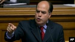Julio Borges, presidente de la Asamblea Nacional de Venezuela, sería demandado por el Partido Socialista Unido.