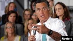 El propio Mitt Romney ha tenido que hacer ajustes a su plataforma para satisfacer a los sectores más religiosos dentro de su partido.