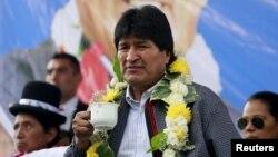 El presidente boliviano, Evo Morales, trata de cambiar la Constitución para postularse por tercera vez.