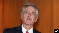 Plus tôt al-Assad démissionne, mieux cela vaudra pour la Syrie, a dit William Burns