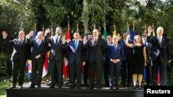 El Grupo de Lima lo integran más de una decena de países, como Argentina, Brasil, Canadá, Chile, Colombia, Costa Rica, Guatemala, Guyana, Honduras, Panamá, Paraguay, Perú y Santa Lucía.