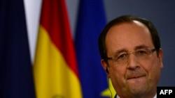 Alors que Bangui sombrait dans le chaos, François Hollande a décidé d'accélérer le déploiement des troupes françaises en Centrafrique