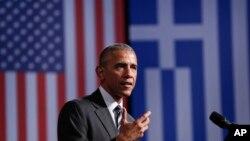 그리스를 방문한 바락 오바마 미국 대통령이 16일 아테네의 스타르보스 니아르코스 재단에서 연설하고 있다.
