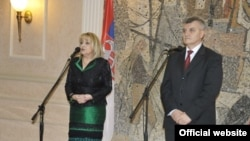 Ministri zdravlja Srbije i Crne Gore Slavica Đukić Dejanović i Miodrag Radunović (Biro)