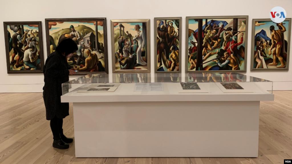 Entre 1927 y 1940, los principales muralistas mexicanos —José Clemente Orozco, Diego Rivera y David Alfaro Siqueiros— visitaron los Estados Unidos para crear litografías, pinturas de caballete y murales a gran escala, además deexponer su obra.