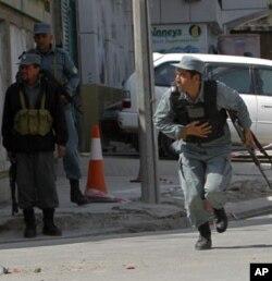 Afg'on politsiyasi va armiyasi malakasi maqtovga arziydi, deydi NATO mulozimlari
