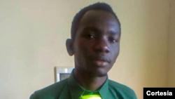 Abu Lay Camará, jovem guineense