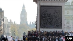 London və digər şəhərlərdə etiraz nümayişləri keçirilir