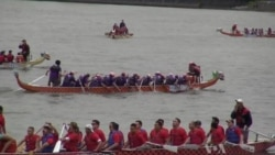 Breast Cancer Survivors Embrace Dragon Boating