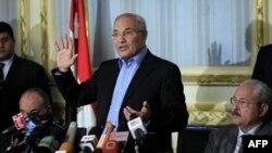 Ахмед Шафик на пресс-конференции в Каире 13 февраля 2011