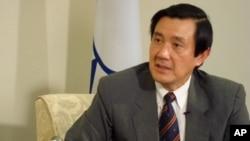 台灣總統馬英九在競選連任得民意調查中仍然領先。