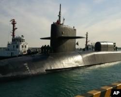 密西根號核潛艇