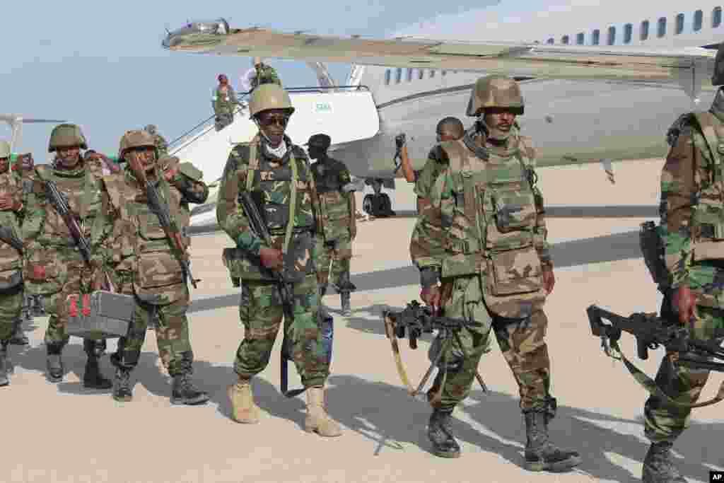 Ciidamada Djibouti ee Muqdisho Tagay