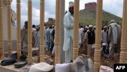 Mbi 47 të vrarë nga shpërthimi në një xhami në Kyber të Pakistanit