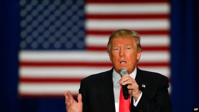ရီပတ္ဘလီကန္ပါတီ သမၼတကုိယ္စားလွယ္ေလာင္း Donald Trump.