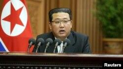 Shimoliy Koreya yetakchisi Kim Chen Un