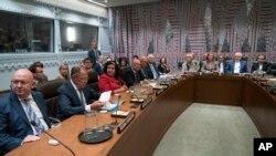 یکی از نشست های وزرای خارجه ایران و کشورهای پنج بعلاوه یک
