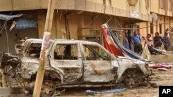 19일 나이지리아 카노에서 폭탄 공격으로 파괴된 차량. (자료사진)