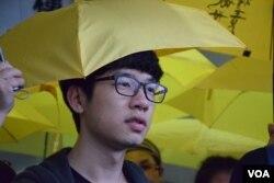 學聯秘書長羅冠聰表示,案件是政治檢控。(美國之音湯惠芸攝 )