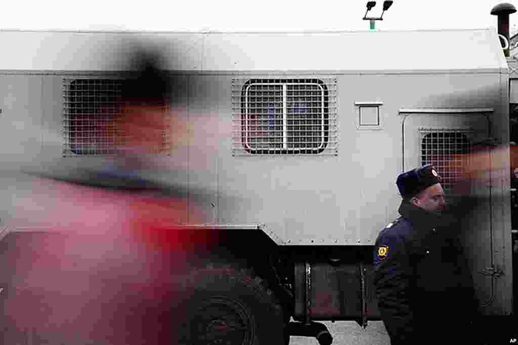 Downtown Moscow streets were lined with with riot police and military trucks on December 10, 2011. (Y. Weeks)