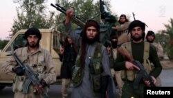 İŞİD qüvvələri Suriya və İraqın əhəmiyyətli kəsiminə nəzarət edir.