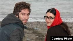 گلرخ ابراهیمی ایرایی در کنار همسرش، آرش صادقی