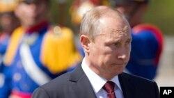 Tras semanas de inacción, autoridades dicen que EE.UU. sancionará a Rusia si la UE no se une a la iniciativa en una reunión el 16 de julio en Bruselas.