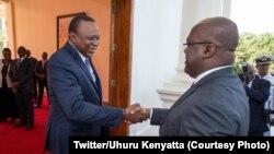 Le président kényan Uhuru Kenyatta accueille son homologue de la RDC, Félix Tshisekedi, à la State House, à Nairobi, au Kenya, le 6 février 2019. (Twitter/Uhuru Kenyatta)