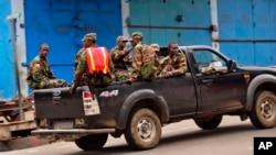 Los riesgos de que el ébola se propague más, y las dificultades para contenerlo, se multiplican en una ciudad como Monrovia.