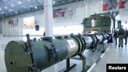 Komponente sistema krstarećih raketa bile su izložene na brifingu za novinare ruskih ministara odbrane i spoljnih poslova, 23. januara 2019.