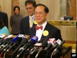 香港立法会爆出特首曾荫权