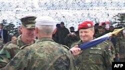 Kosovë: Bëhet ndërrimi i komandës së forcave paqeruajtëse të NATO-s