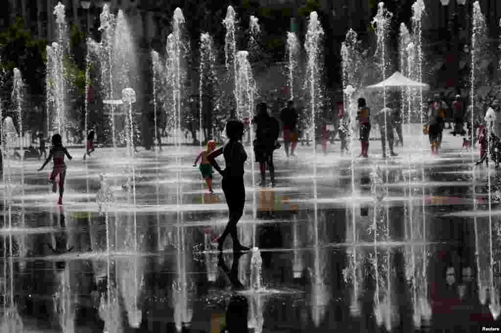 شدید گرمی کے باعث انسانی جانوں کو لاحق خطرات کی وارننگ جاری کی گئی ہے۔