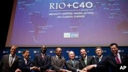 多國市長在巴西里約+20 峰會上合照