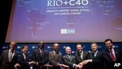 Мэры крупнейших городов мира на встрече в Рио-де-Жанейро. 19 июня 2012 г.
