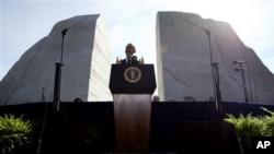 """Luther King """"acordou a consciência da América"""" e por isso tornou os Estados Unidos """"mais perfeitos, mais justos e mais livres"""" - Barack Obama"""