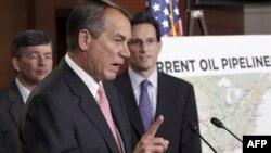 Chủ tịch Hạ viện John Boehner của đảng Cộng hòa phát biểu tại Ðiện Capitol về dự án ống dẫn dầu Canada-Hoa Kỳ. Ông Boehner nói Tổng thống Obama chỉ có thể ra lệnh ngăn chặn dự án này nếu tin là nó không phù hợp với lợi ích quốc gia