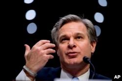 美國聯邦調查局局長克里斯托弗·雷在華盛頓的一個國會聽證會上。(2019年11月5日)