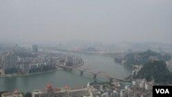 Bahan kimia beracun Cadmium mencemari Sungai Liujiang di Tiongkok selatan hari Jumat (27/1).