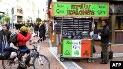 Ulični prodavac u Irskoj